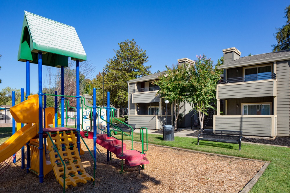 Greenback Terrace Apartments photo