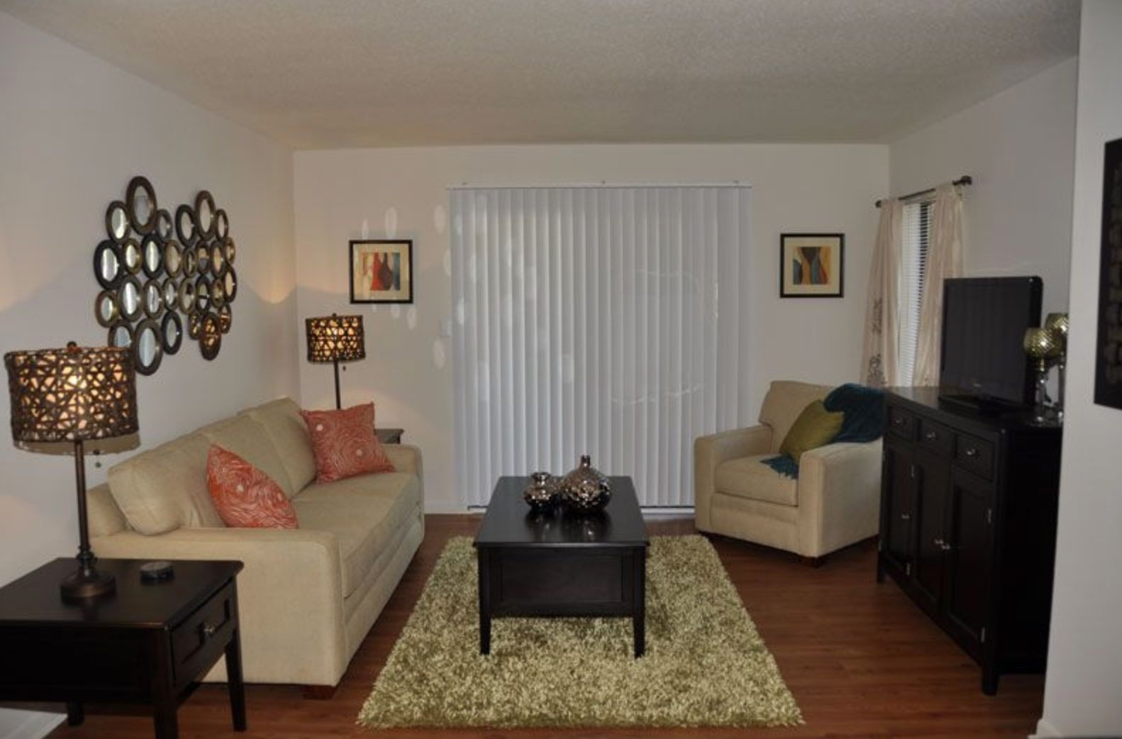 Woodcrest Apartments for rent