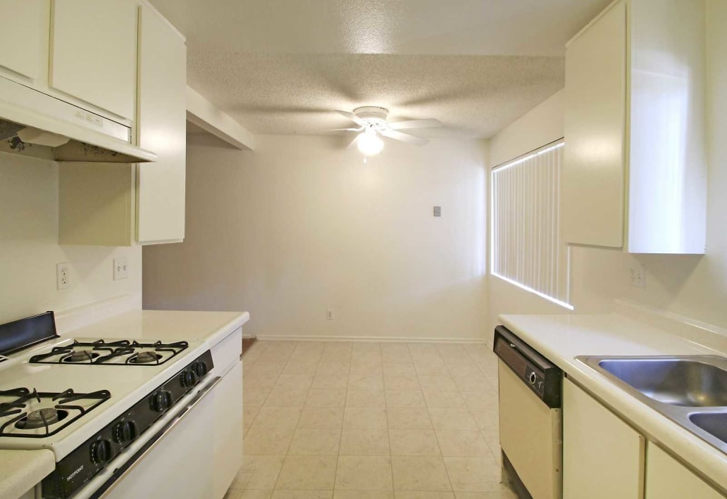 Terrace Oak Apartment Homes photo