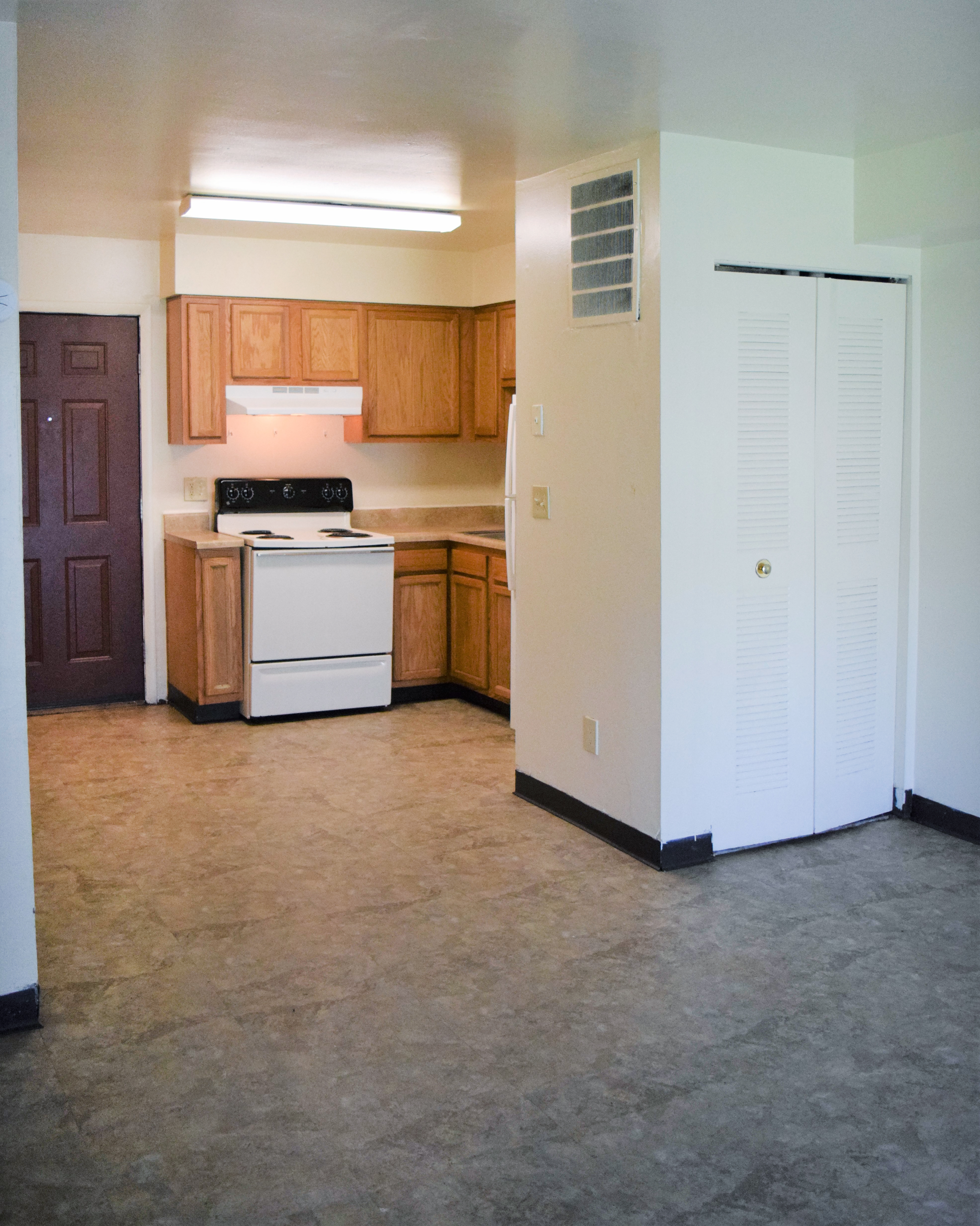 Eagle Ridge (Affordable Housing; Income Limit Restrictions Apply) rental