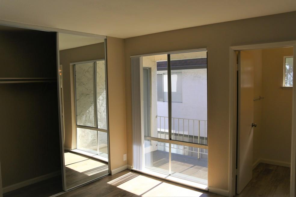 El Paseo De Saratoga Manor for rent
