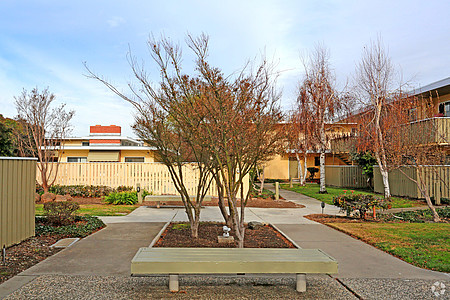 Arbordale Garden Apartments