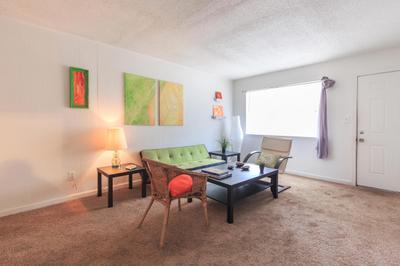 Royal Oaks Apartments rental