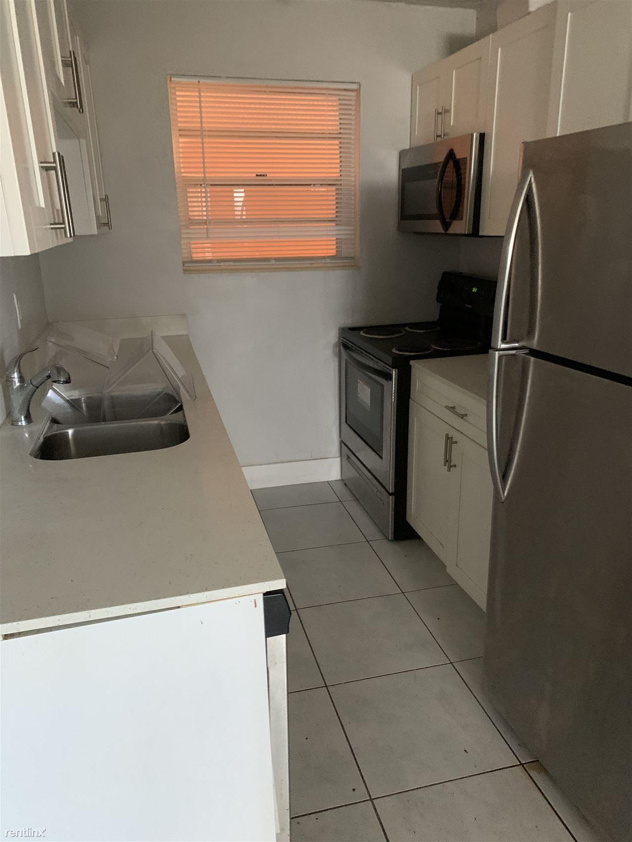 580 NE 127th St for rent