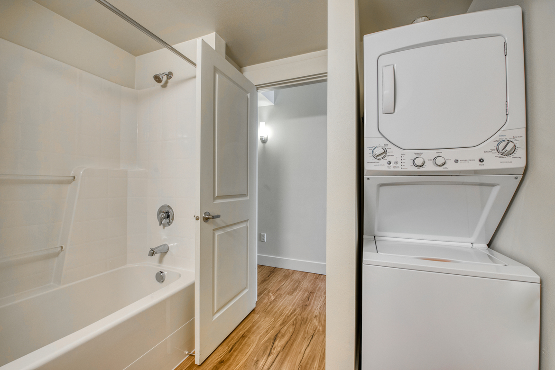Quintessa Apartments photo