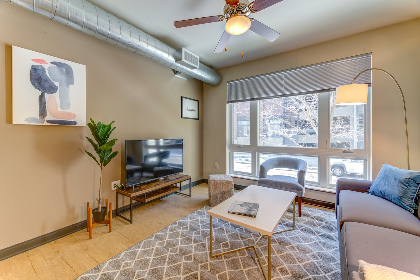 1 Bedroom 1 Bathroom Apartment for rent at Kasa Milwaukee Downtown Furnished Apartments in Milwaukee, WI