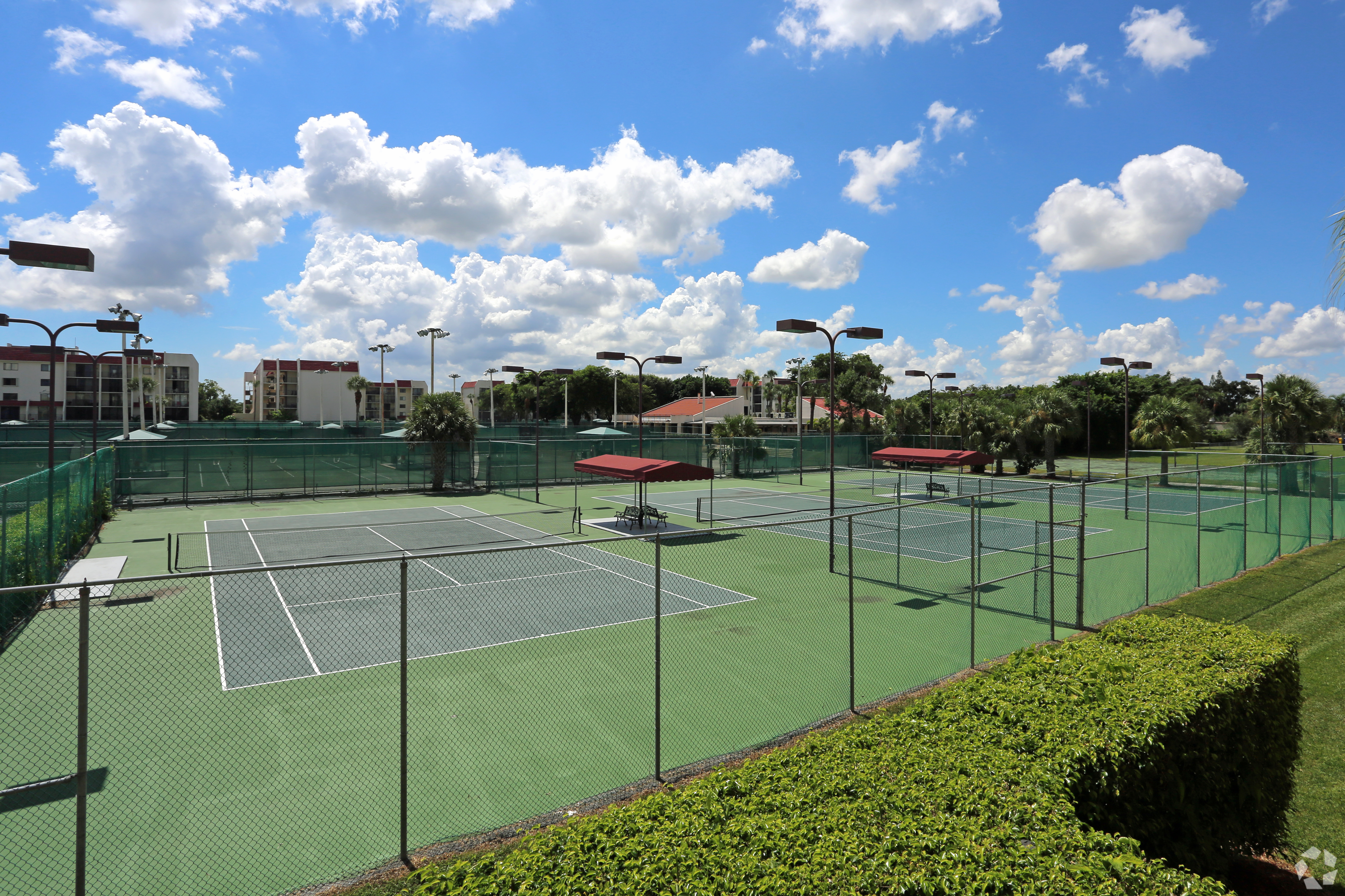 Tennis Towers Apartments