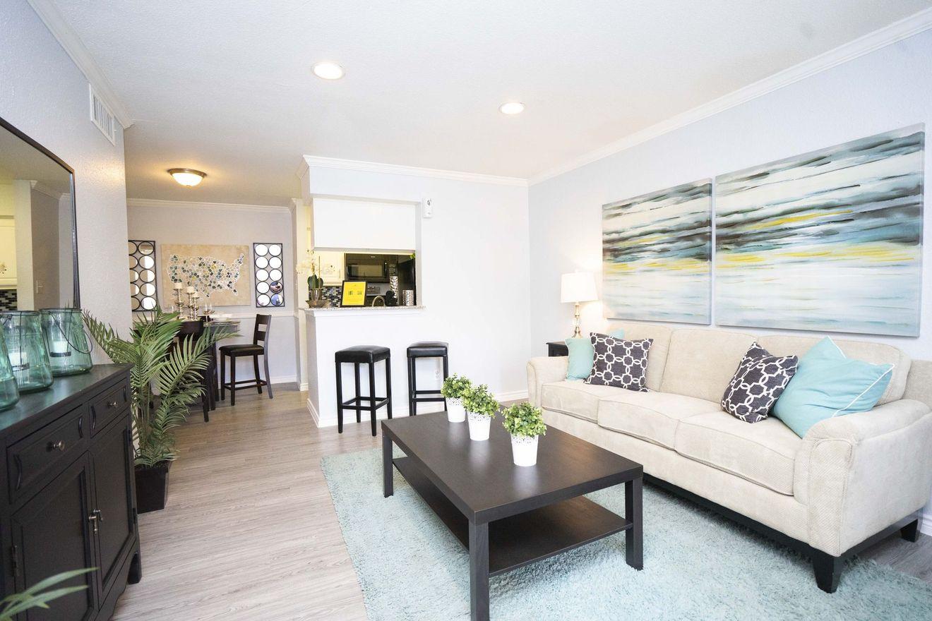 Legacy at Westchase Apartments rental