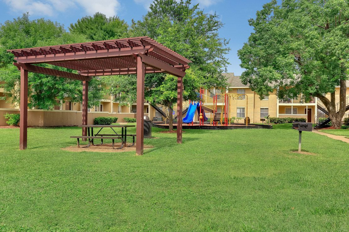 Legacy at Westchase Apartments for rent