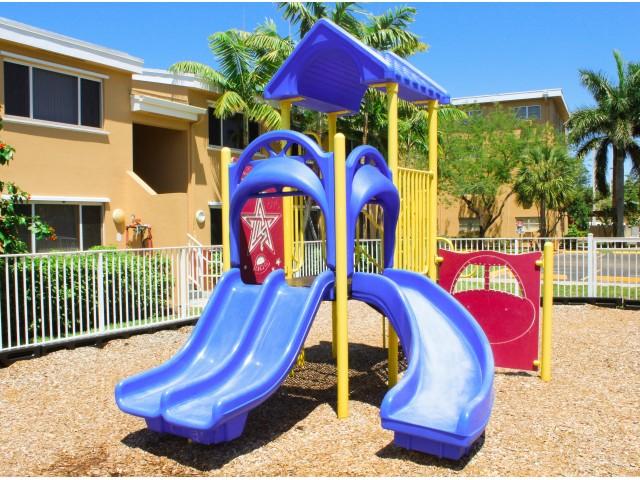 Sunshine Lakes Apartments rental