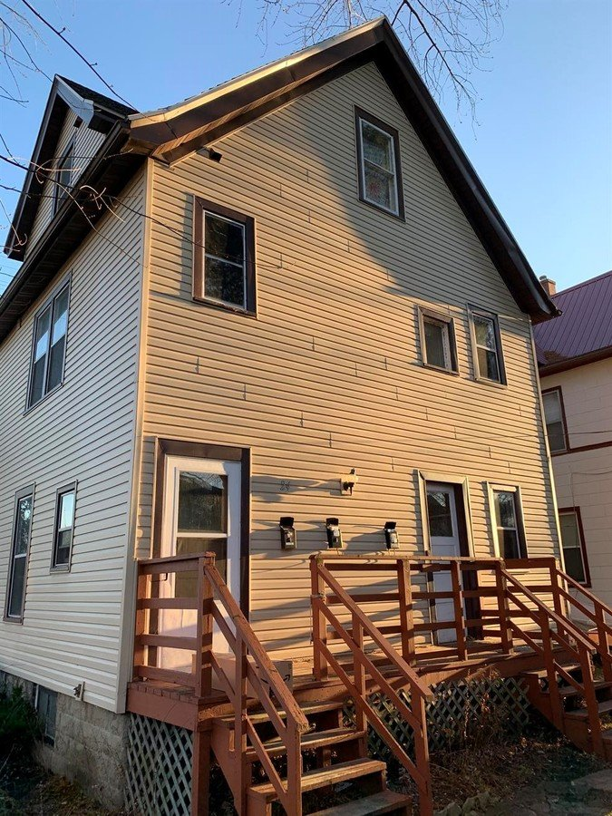 1 Bedroom 1 Bathroom Apartment for rent at 24 S 2Nd St in Madison, WI