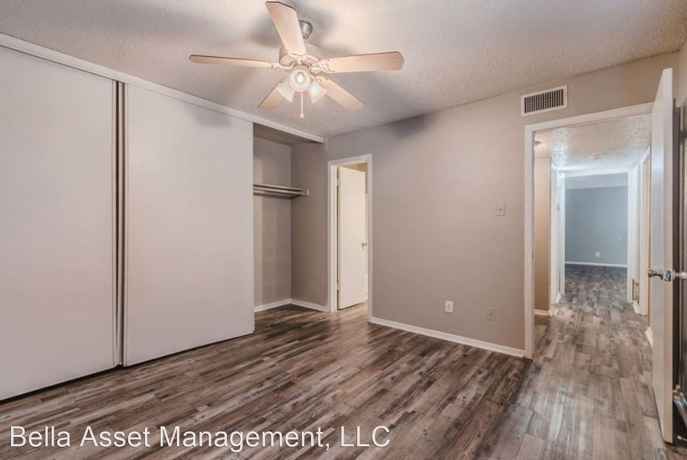 3 Bedrooms 2 Bathrooms Apartment for rent at 2333 Escalante Ave in Fort Worth, TX