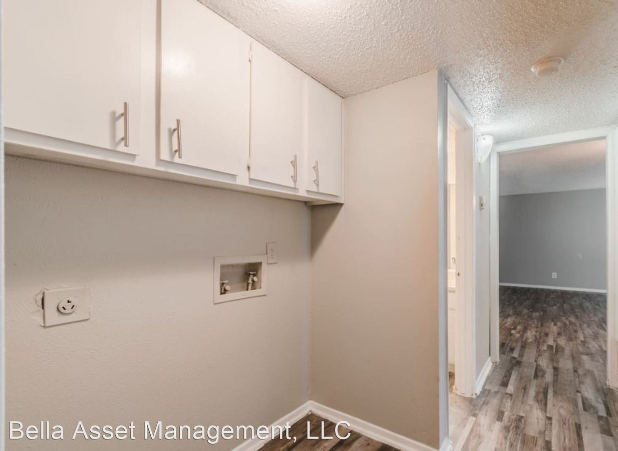 2 Bedrooms 2 Bathrooms Apartment for rent at 2333 Escalante Ave in Fort Worth, TX