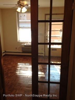 Studio 1 Bathroom Apartment for rent at 1472-1490 Neil Ave in Columbus, OH