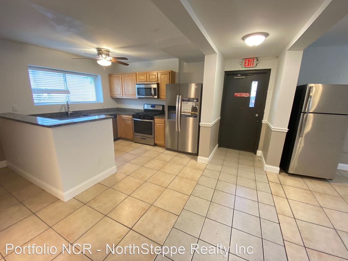 6 Bedrooms 4+ Bathrooms Apartment for rent at 47 E 17Th Ave in Columbus, OH