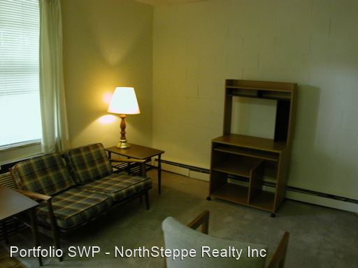 Studio 1 Bathroom Apartment for rent at 1433-1437 Highland St in Columbus, OH