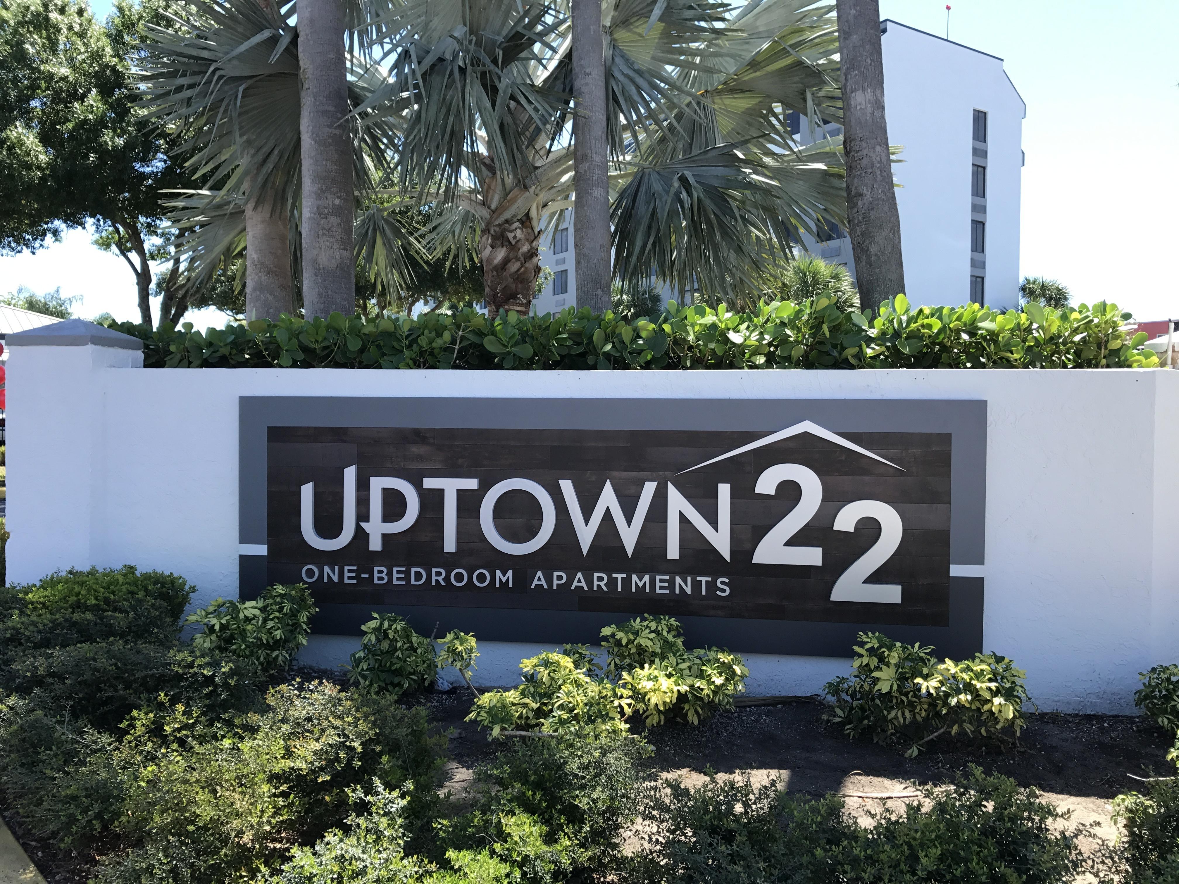 Uptown 22