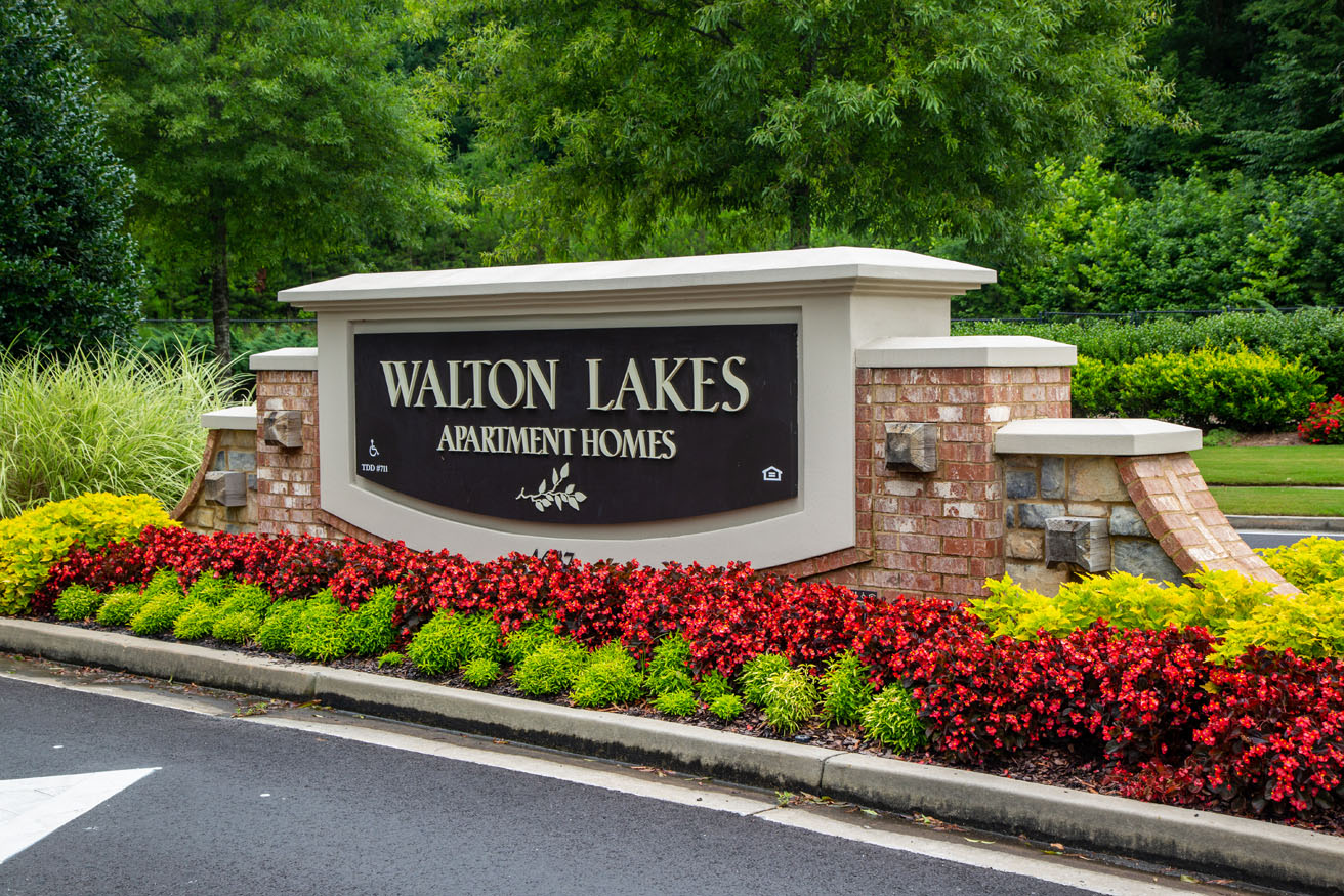 Walton Lakes