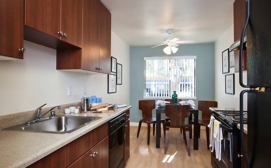 eaves San Jose for rent