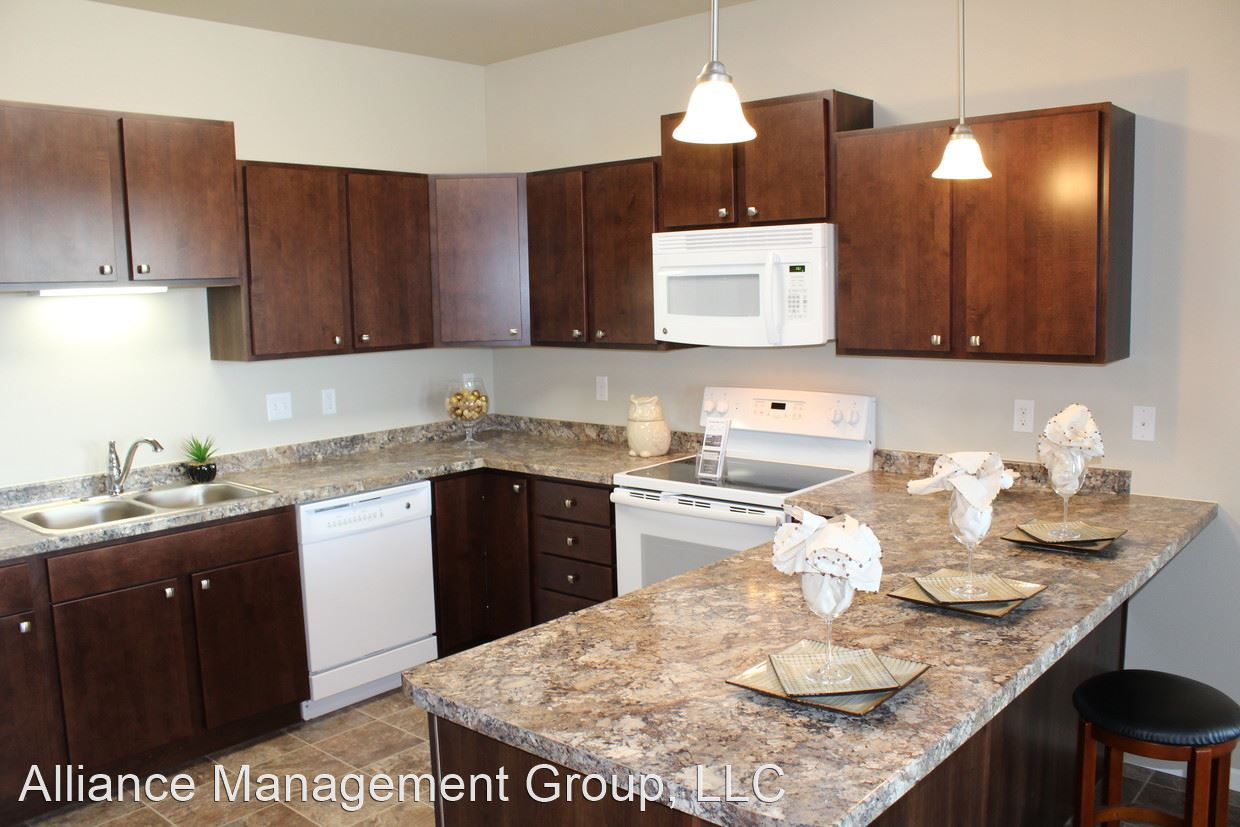 2 Bedrooms 2 Bathrooms Apartment for rent at 2681 Whispering Creek Cir in Fargo, ND