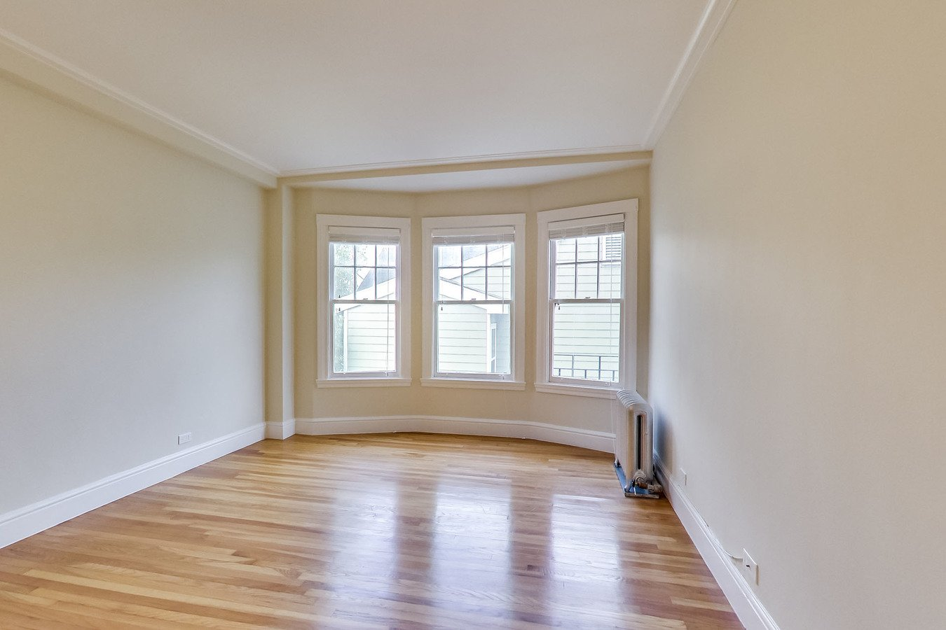 1 Bedroom 1 Bathroom Apartment for rent at 990 FULTON Apartments in San Francisco, CA