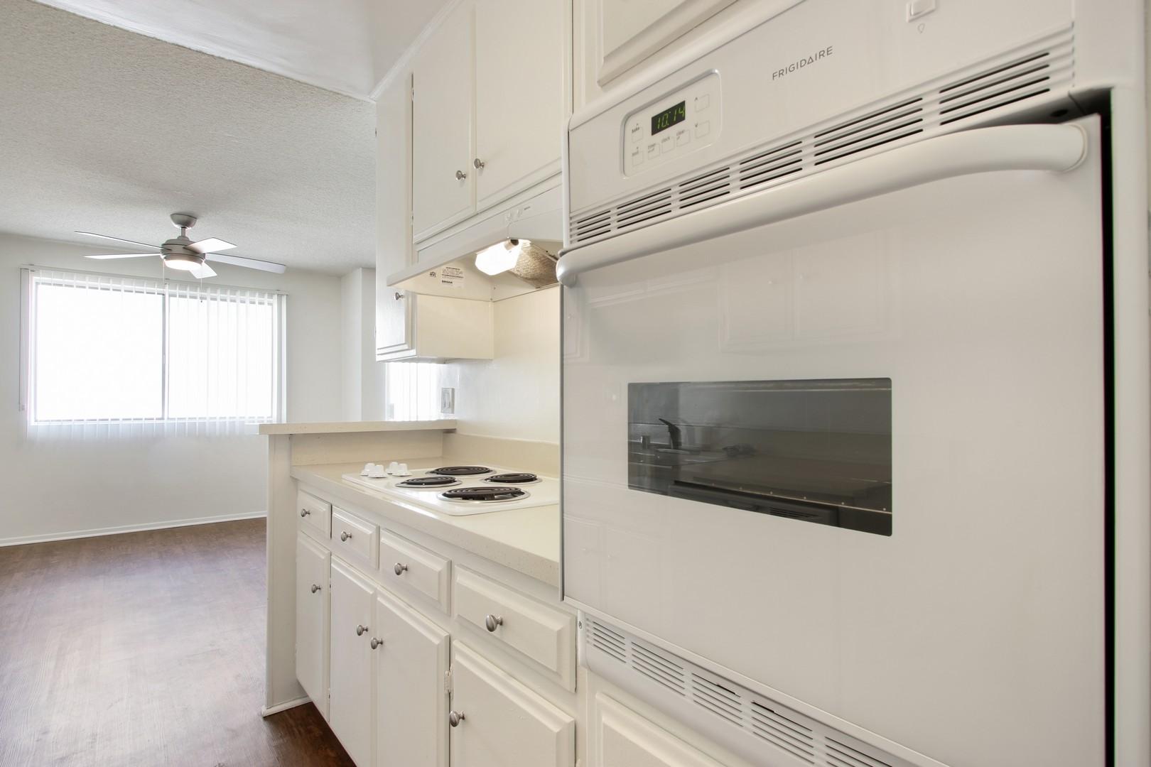 Crown Encino Apartment Homes