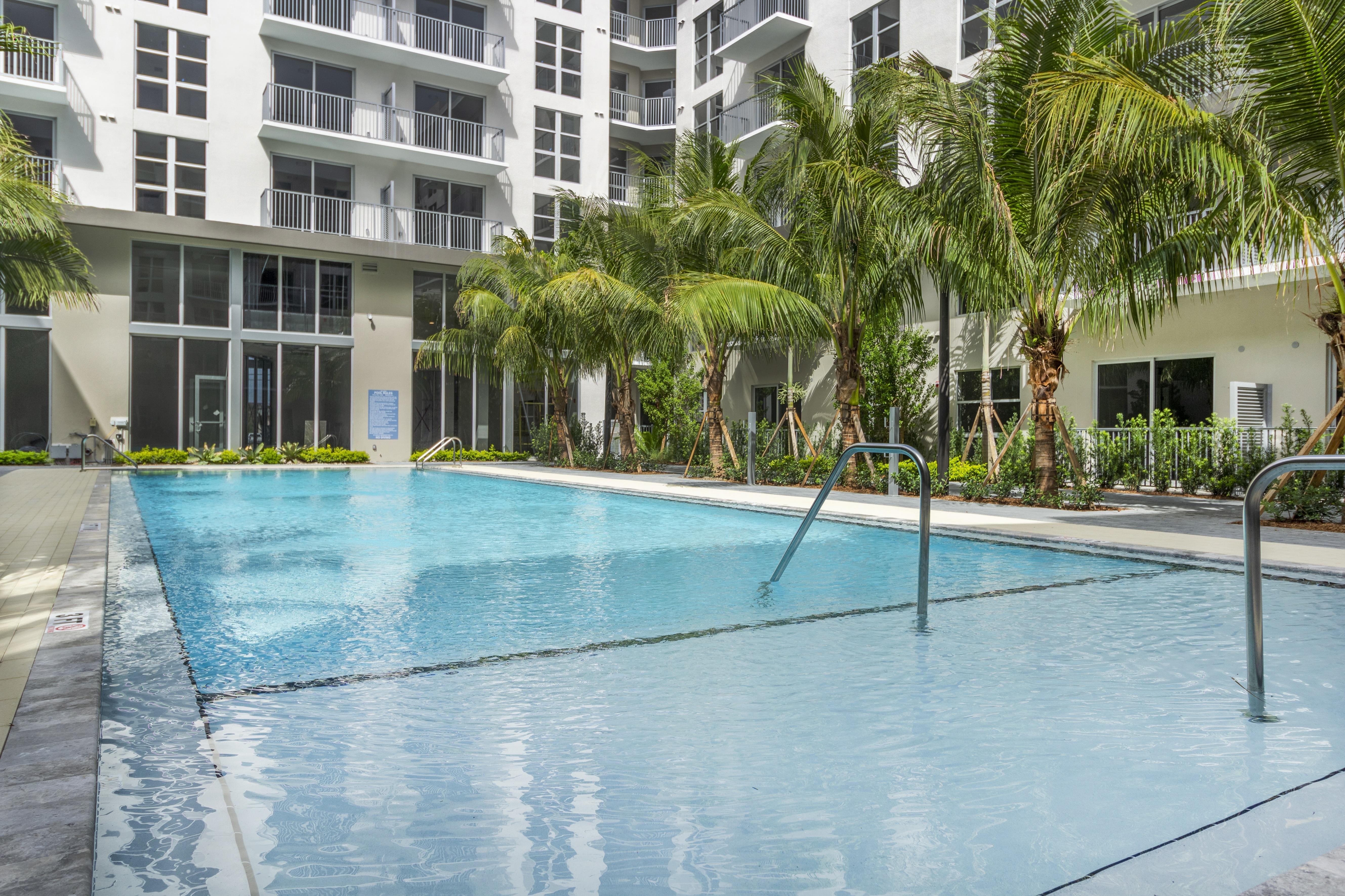 850 Living Miami photo