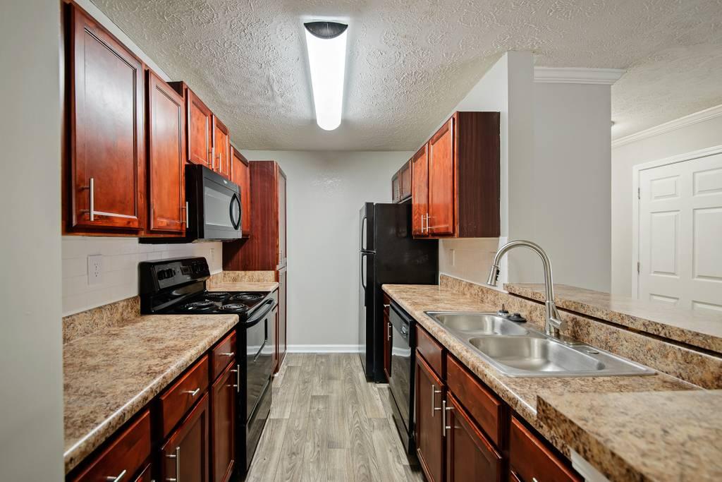 Crestmark Apartment Homes rental