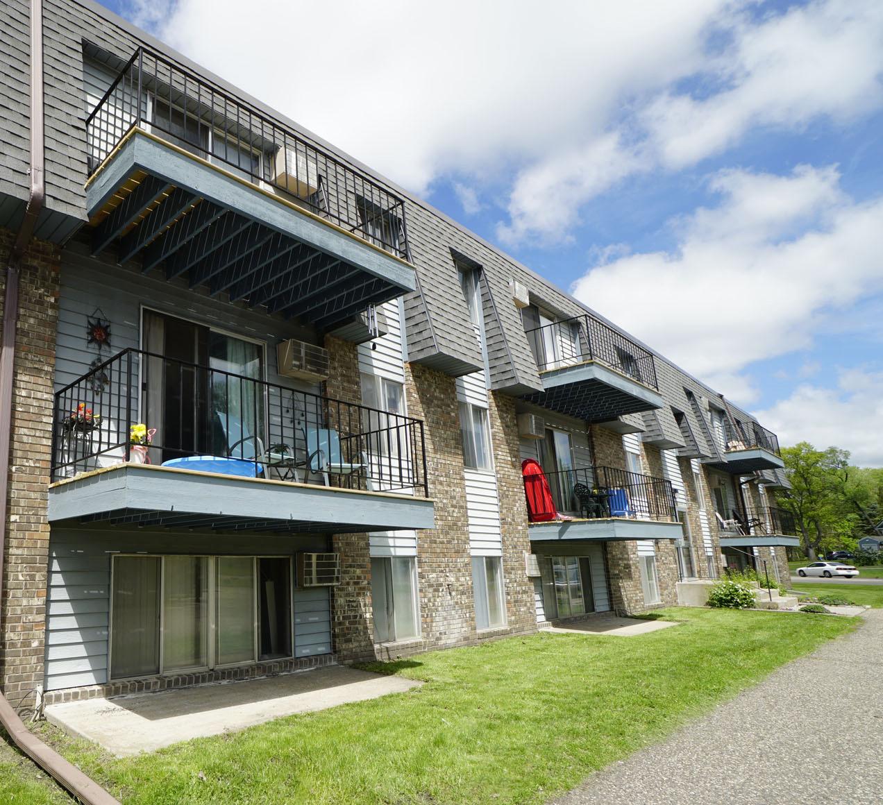 Eldridge Apartments photo