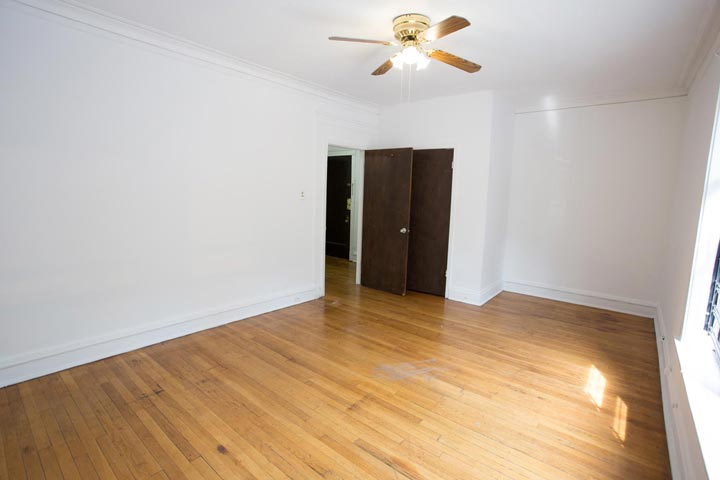 2 Bedrooms 1 Bathroom Apartment for rent at 5339-5345 S. Woodlawn Avenue in Chicago, IL