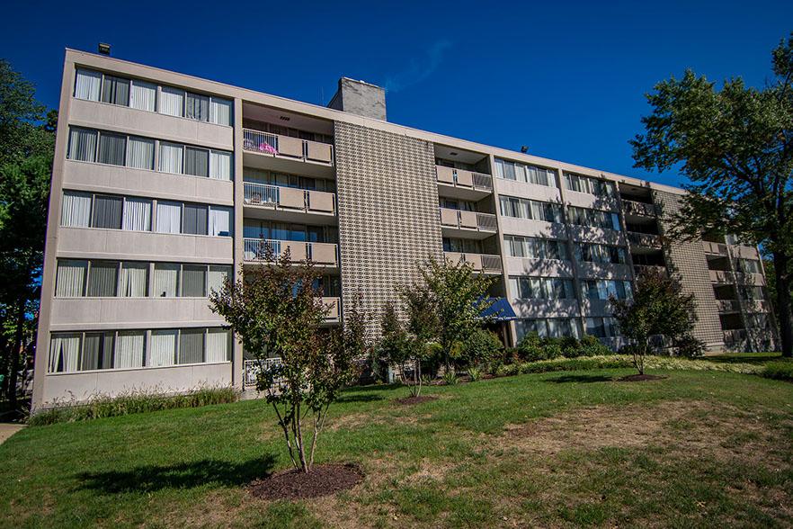 Heritage Park Apartments