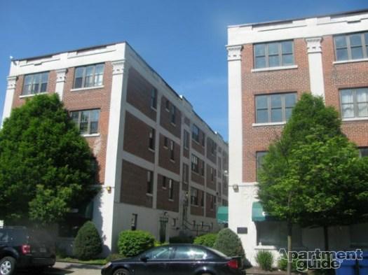 Apartments at 400 Elmwood