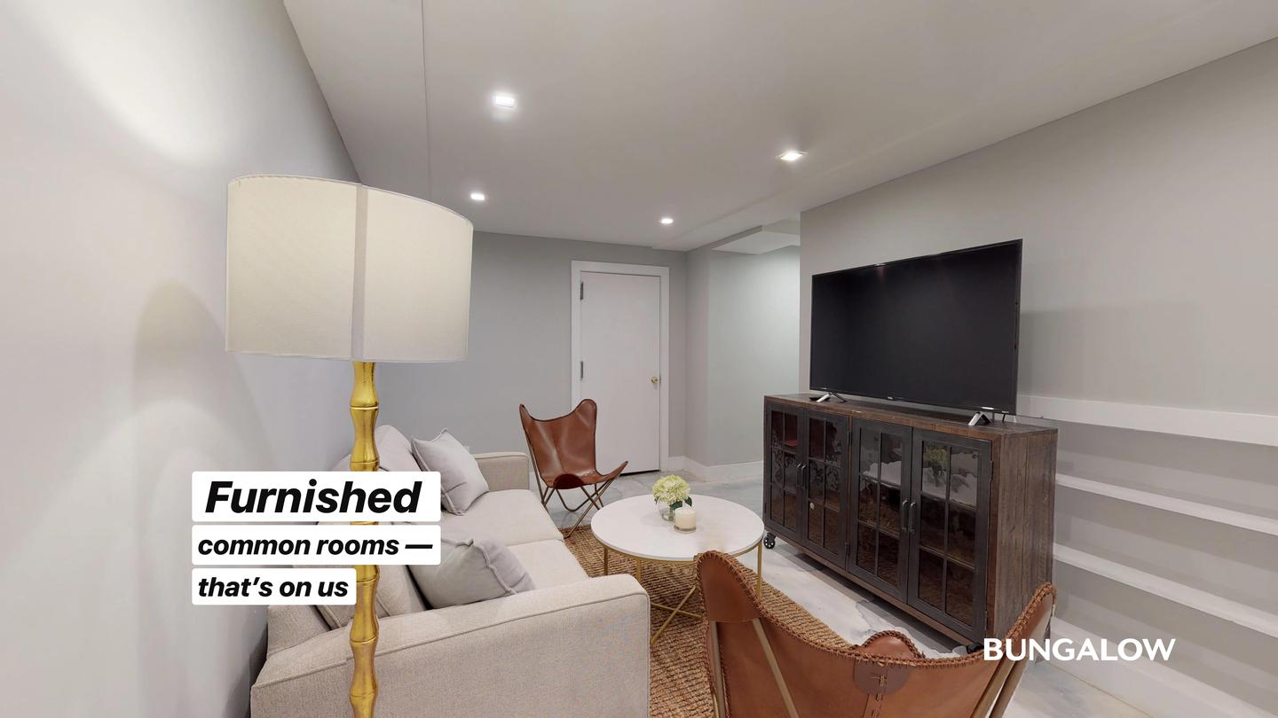 Private Bedroom in Gorgeous Crown Heights Home Near Fulton Park photo