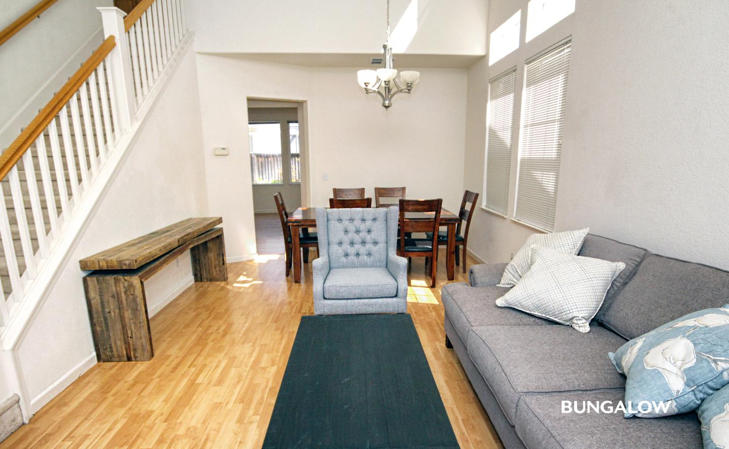 Private Bedroom in Welcoming Palo Alto Home Near University Square Park
