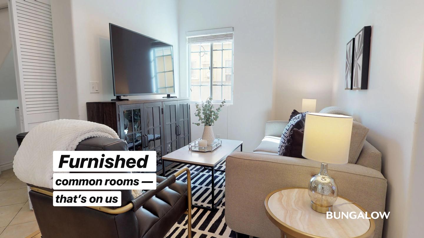 Private Bedroom in Lovely Recently Upgraded Culver City Home for rent
