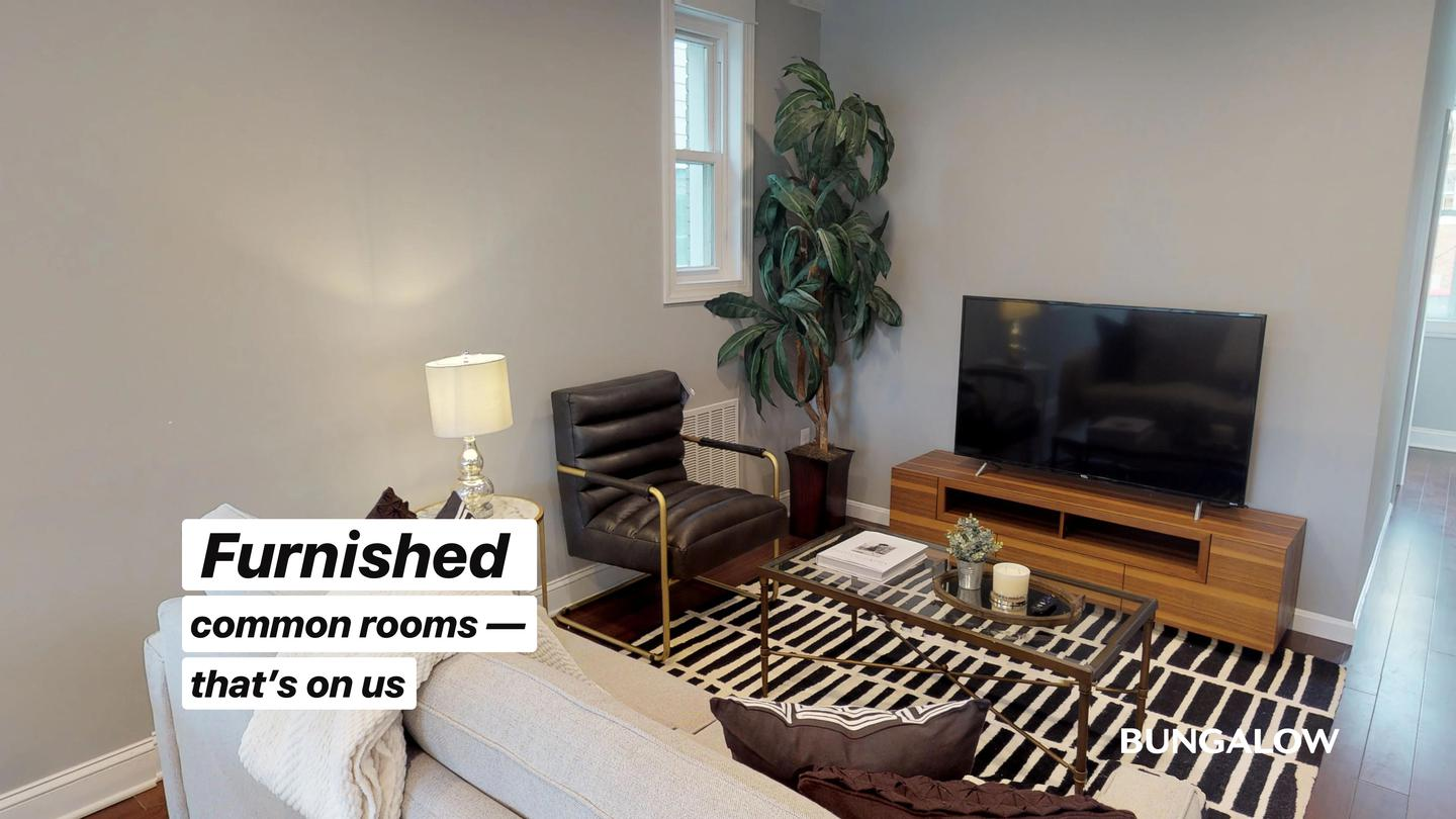 Private Bedroom in Wonderful home by Union Market for rent