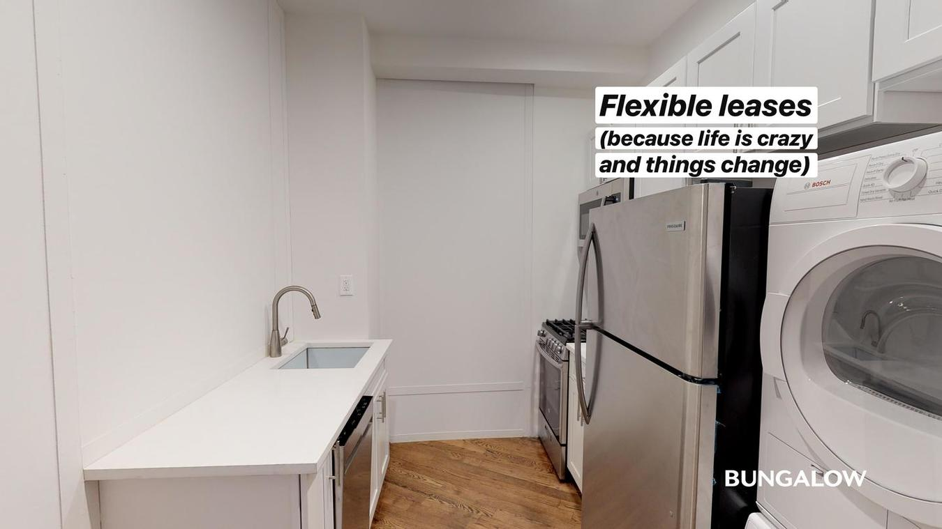 Private Room In Bright Harlem Home With Exposed Brick Walls Apartments New York Ny