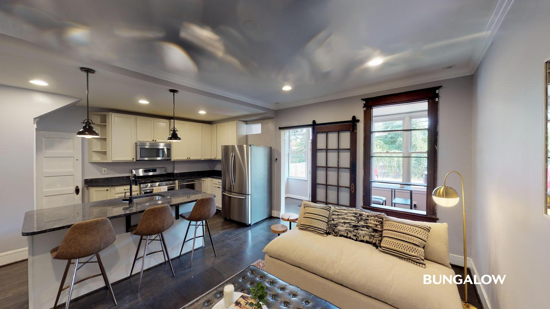 Private Bedroom in Wonderful Bloomingdale townhome near Howard University for rent