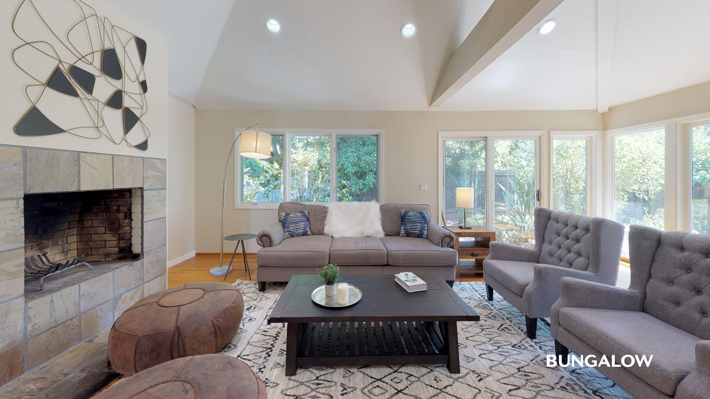 Private Bedroom in Light-Filled Palo Alto Home With Beautiful Backyard for rent