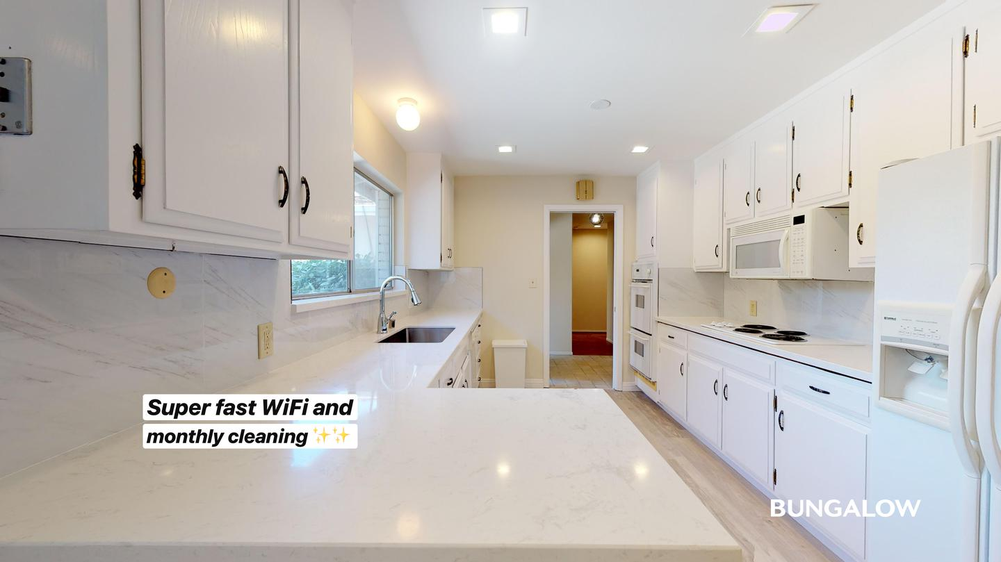 Live at Private Bedroom in Bright Mountain View Home With Spacious Backyard