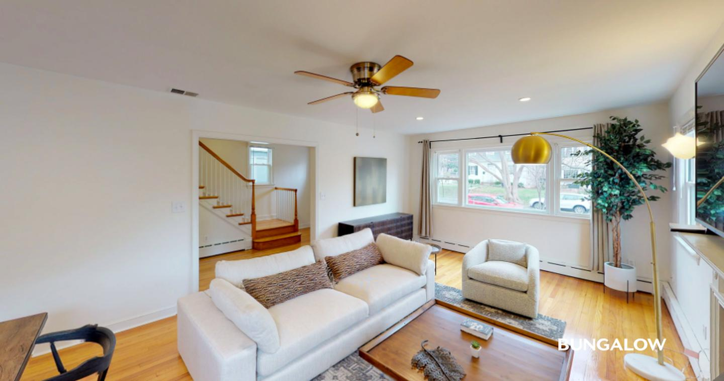 Private Bedroom in Classic Tenleytown Home Near American University