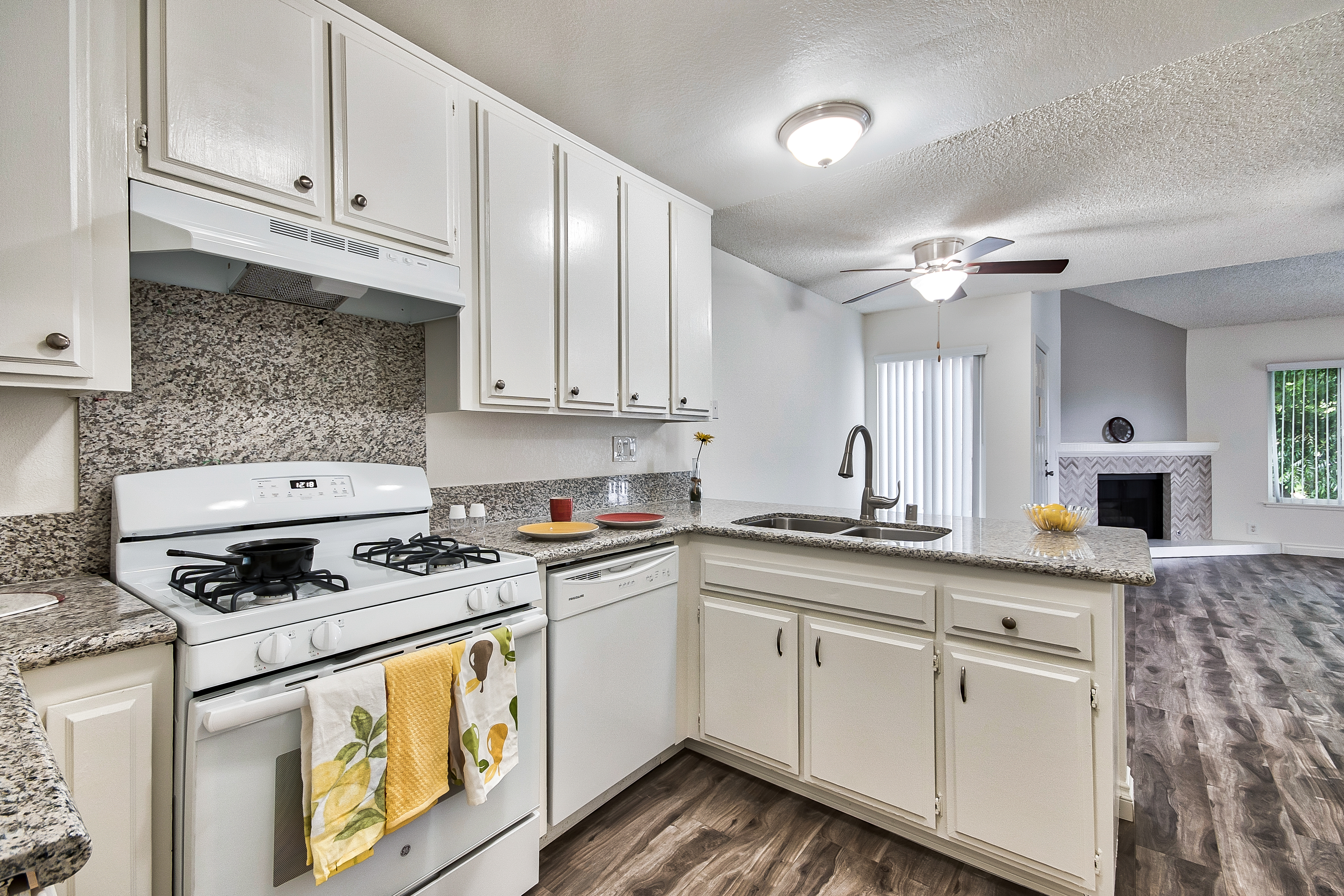 Beachpointe Apartments for rent