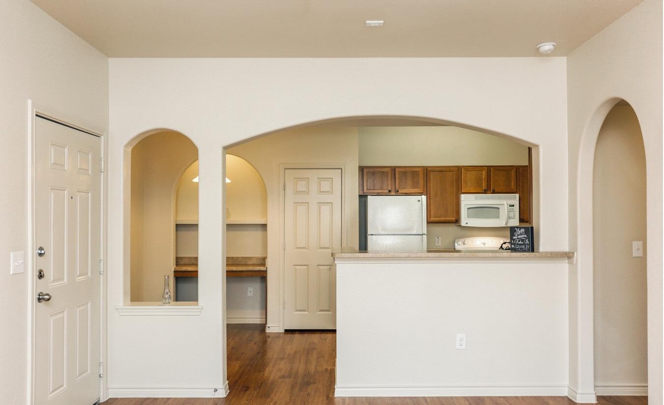 Woodlawn Ranch Apartments rental