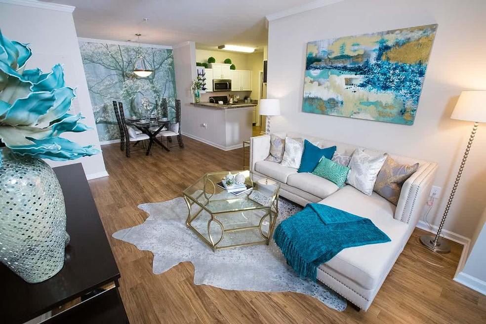 West Eleven Apartments rental