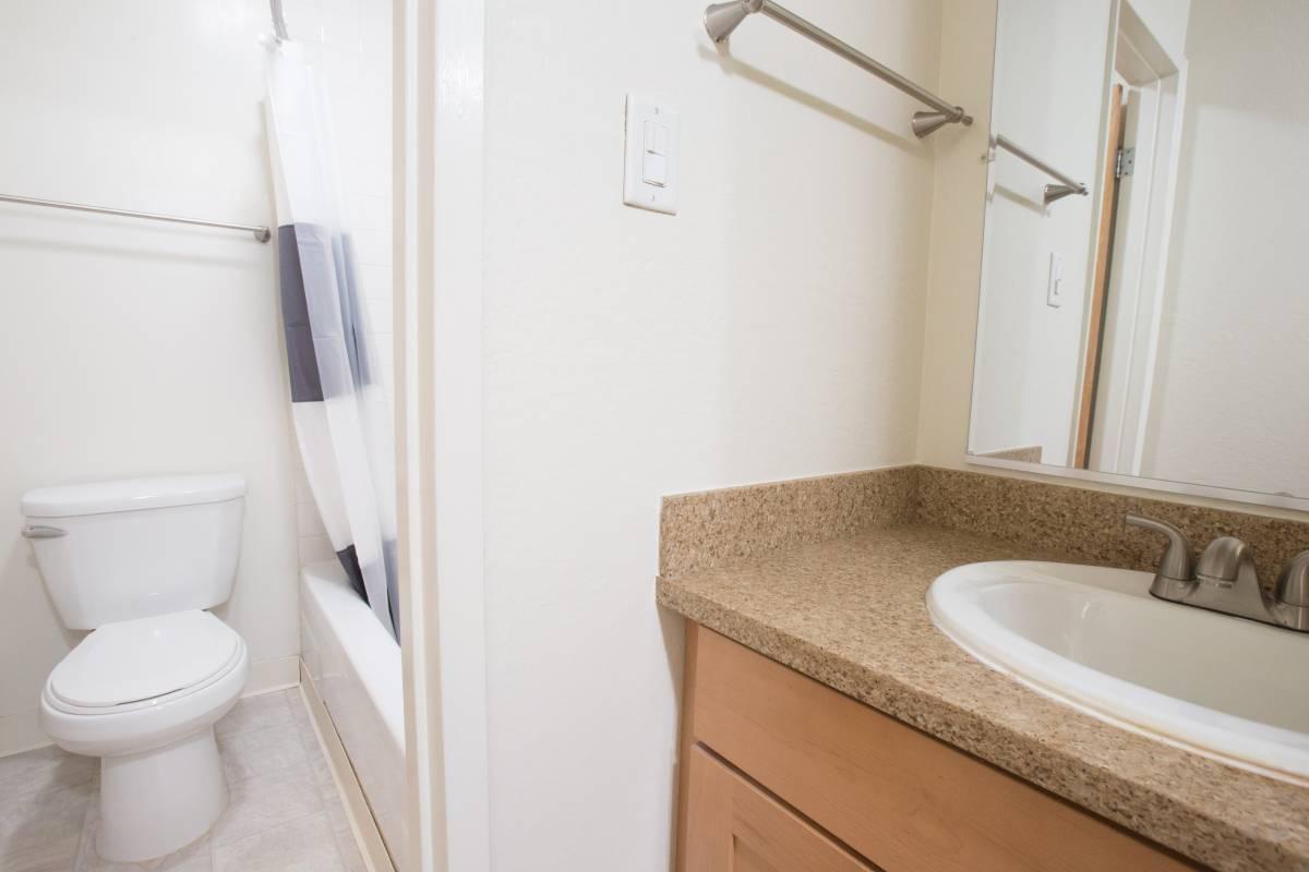Studio 1 Bathroom Apartment for rent at Grosvenor Atrium in San Francisco, CA