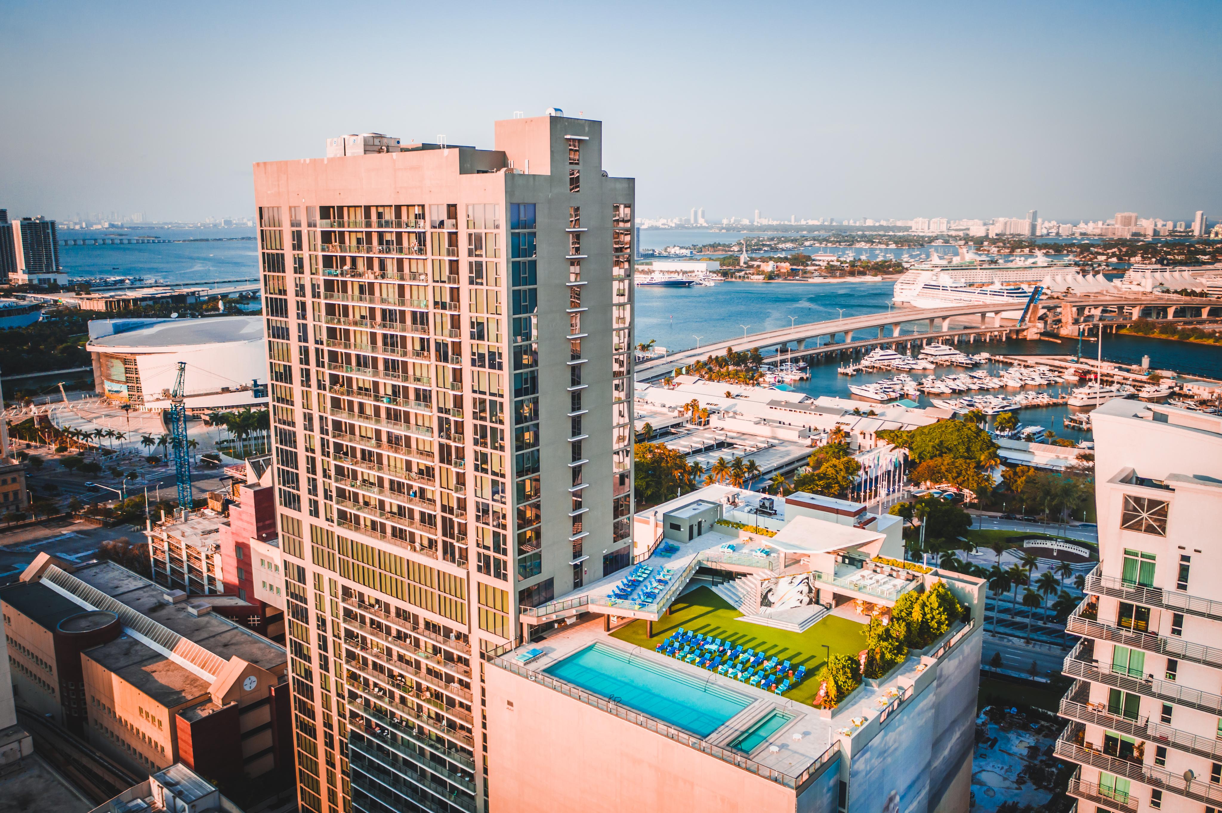 X Miami for rent
