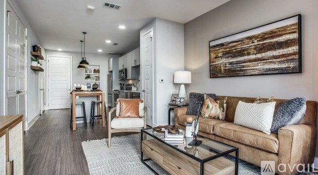 2 500 2 Bedroom 2 Bathroom Apartment In East Austin Apartments Austin Tx