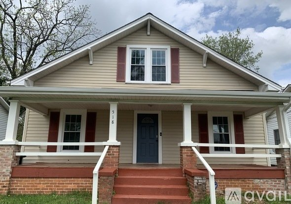 500 1 Bedroom With Shared Bathroom In Greensboro Home All Utilities Included Apartments Greensboro Nc