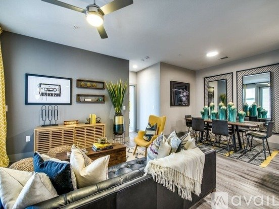 1 999 2 Bedroom 2 Bathroom Apartment In Austin With Great Amenities Apartments Austin Tx