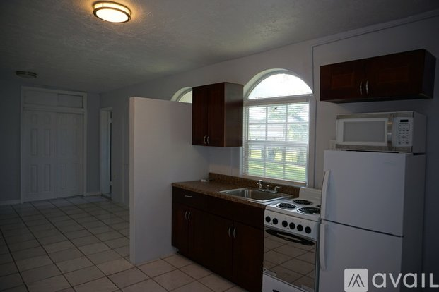 1 200 1 Bedroom 1 Bathroom Apartment In Miami Gardens With Great Amenities Apartments Miami Gardens Fl